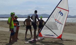 Leccion de windsurf grupo